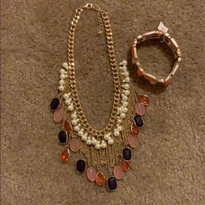 Jewelry - Beautiful necklace-bracelet set new without labels